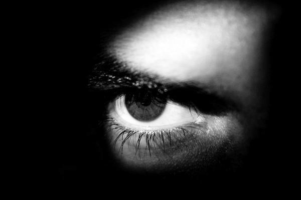 Amore chimico: i giovani nella morsa delle droghe eccitanti
